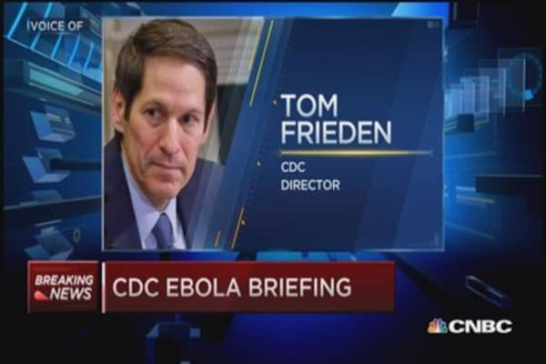 CDC Dir.: 2nd Patient should not have traveled commercially