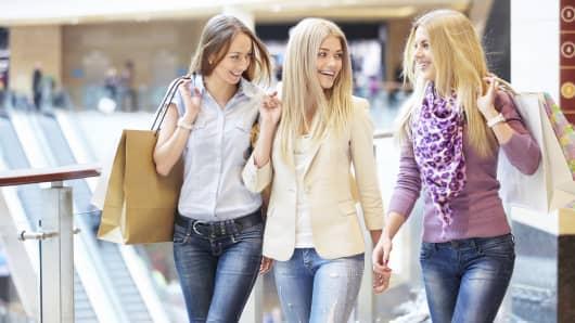 Millennials shoppers retail sales
