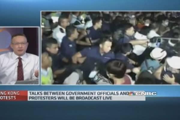 Hong Kong students, officials set for talks