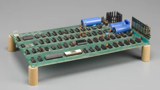 Motherboard of Apple 1 computer