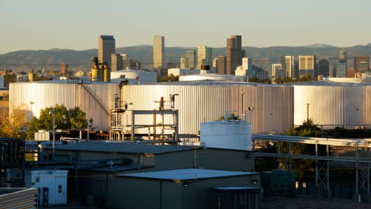 Oil storage tanks in Denver