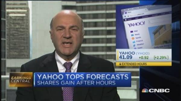 Yahoo higher after big earnings beat