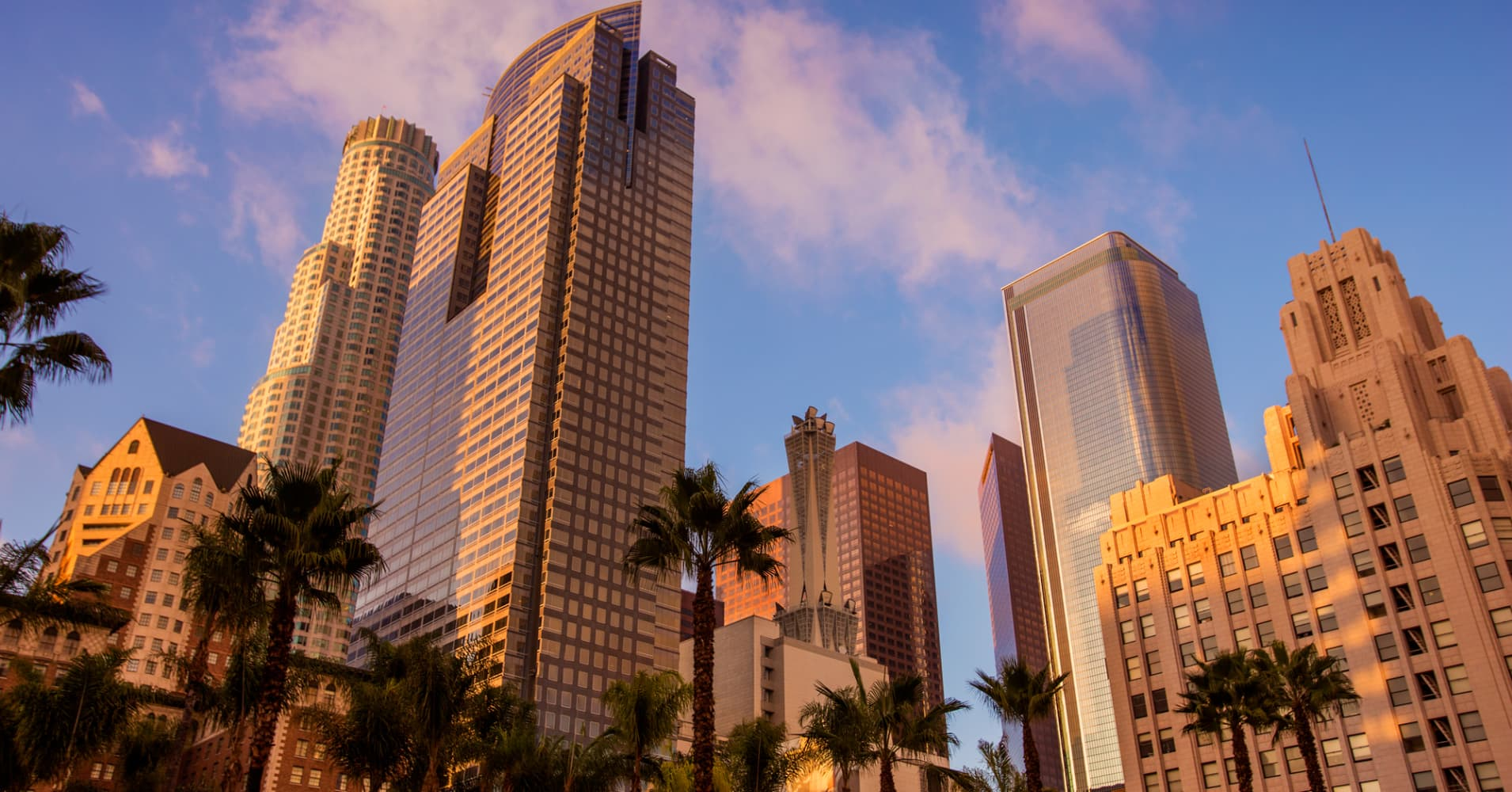 Los Angeles housing market loses star status