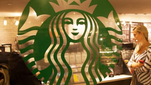 Starbucks Rollout Could Mark Turning Point in Wireless Charging Battle