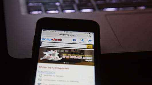 The Snapdeal.com website is displayed in this photo.