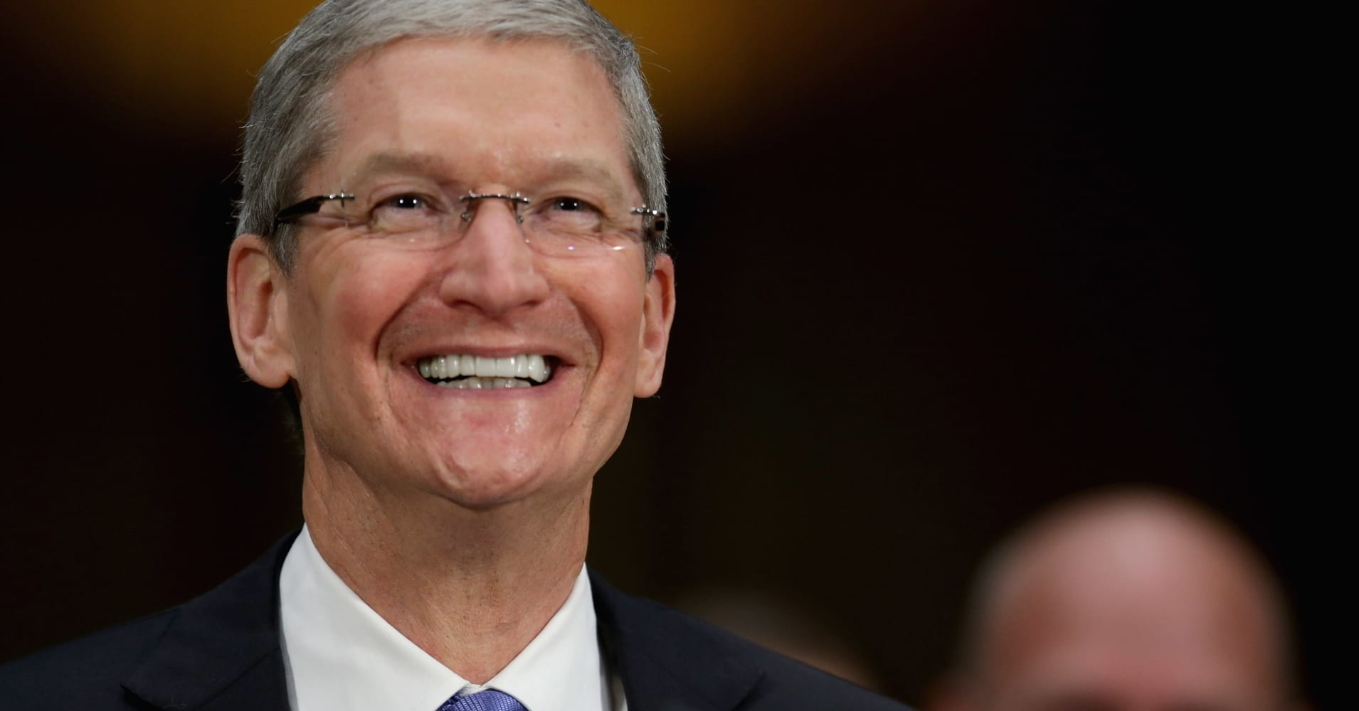 Apple and others bringing home foreign cash may be a big enough force to boost the US dollar