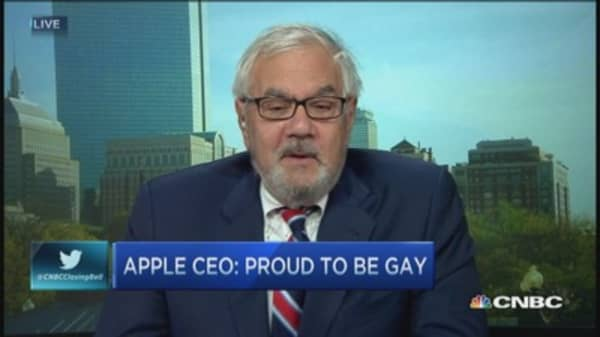 Barney Frank: Cook a powerful blow against prejudice
