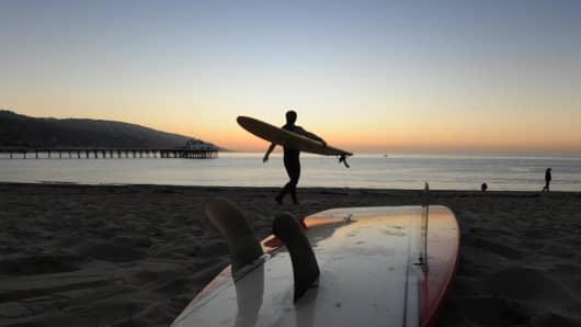 surfer malibu beach, surfer, malibu