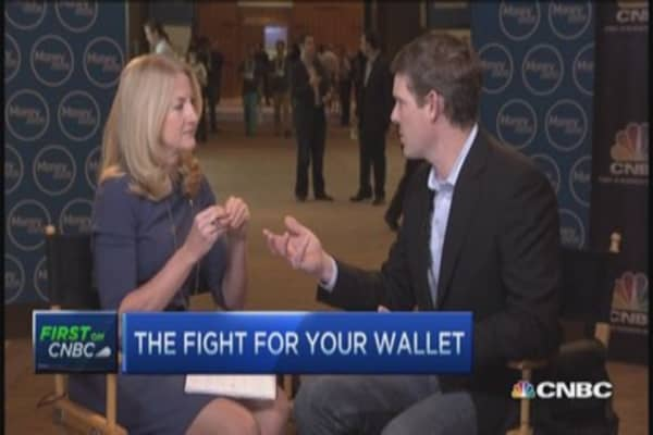 Apple pay just the beginning: Visa exec.
