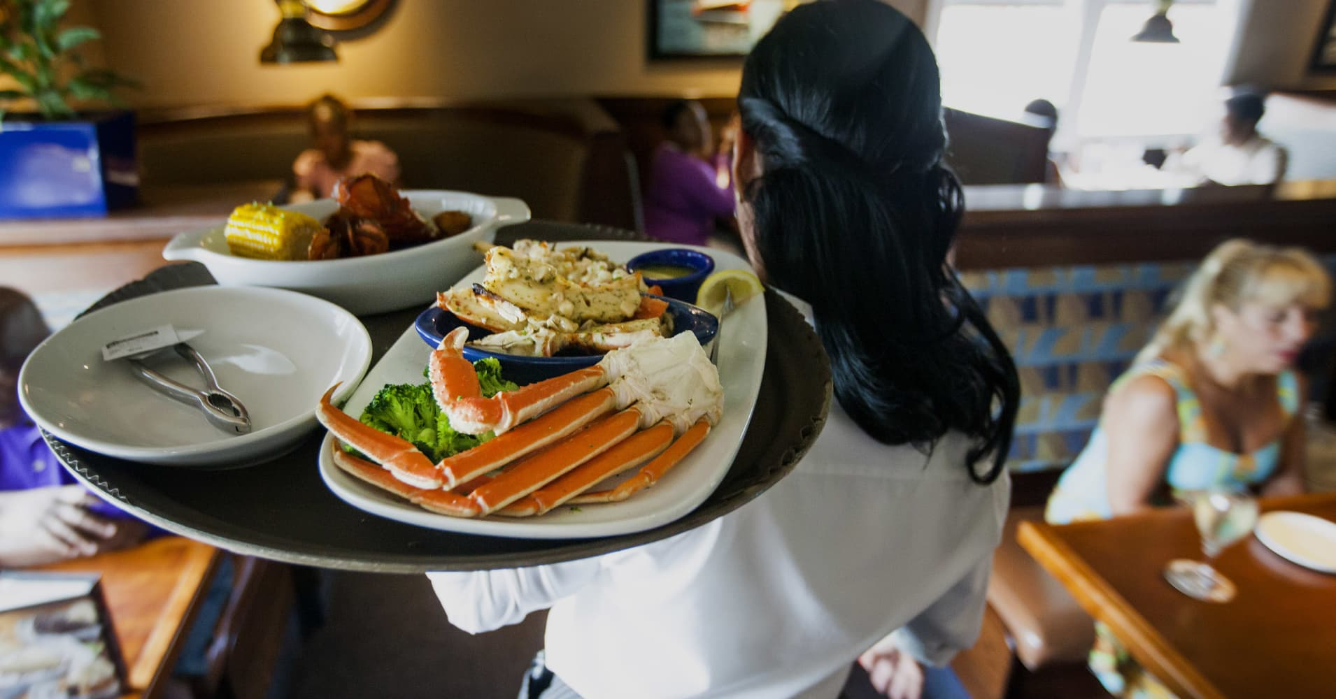 Red Lobster Plans To Go Back Into Its Shell