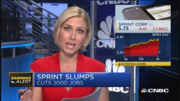 Sprint shares down on earnings miss