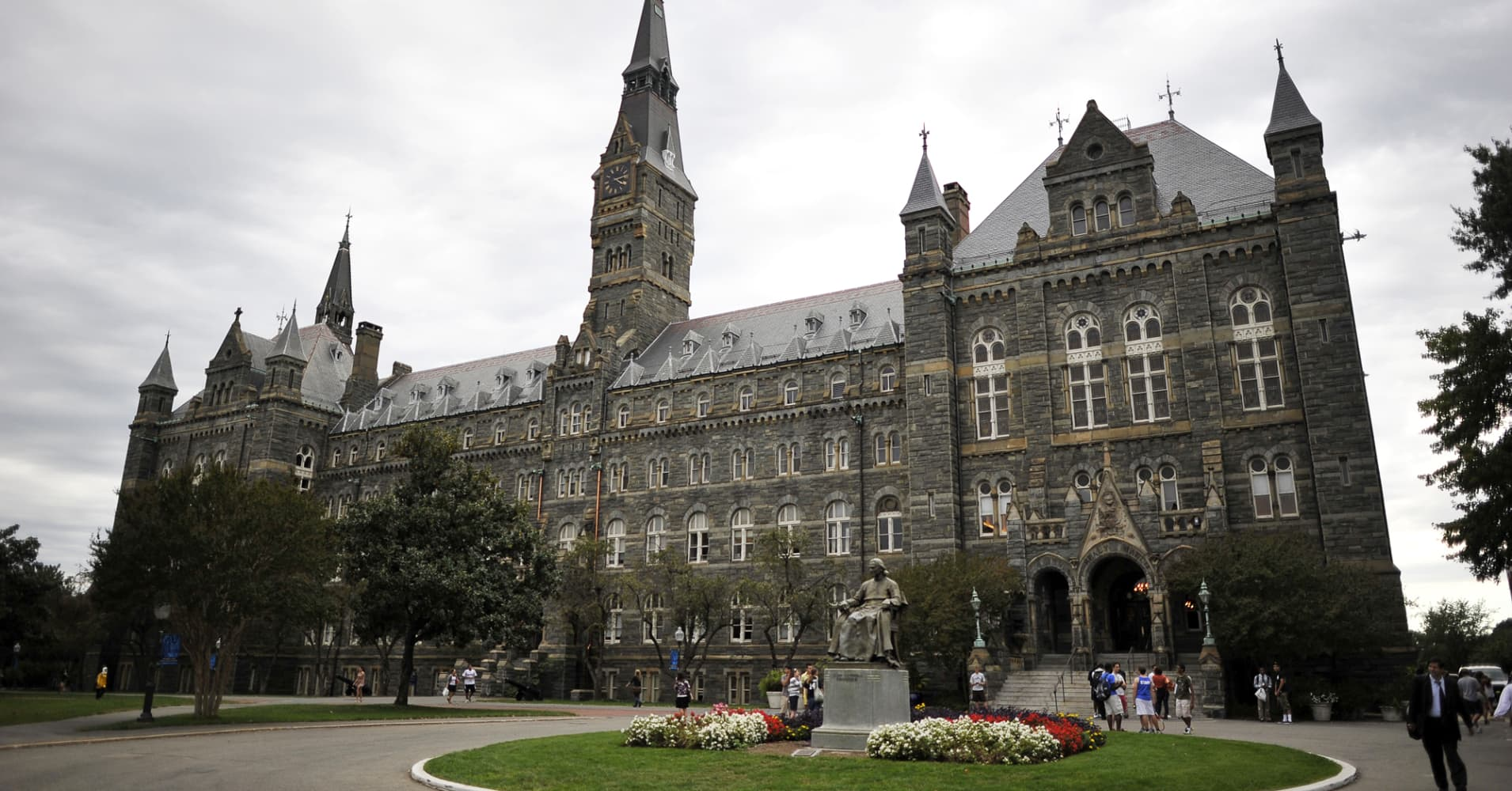 Healy Hall, the flagship building of Georgetown University's main campus in Washington, D.C.