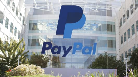 PayPal rolls out Venmo payments to its U.S. retailers (LULU)