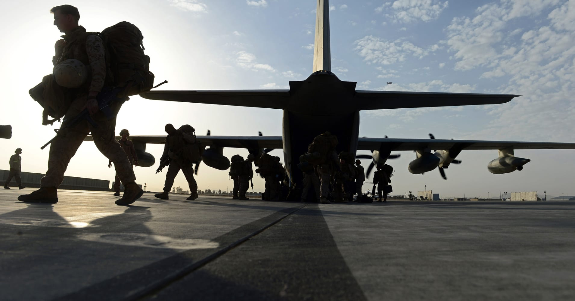 Trump's 2019 defense budget request seeks more troops and firepower to deter threats