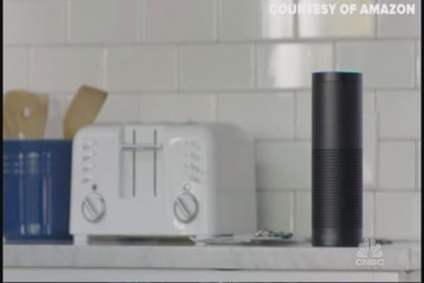 Amazon's 'Echo' takes on Siri, Cortana & Google