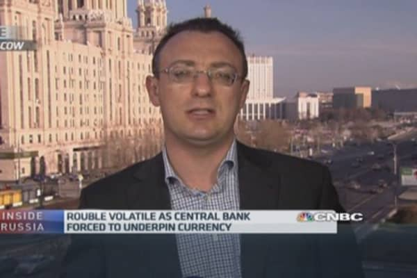 'Flexible' Russian economy can deal with ruble drop: Pro