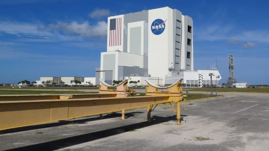 Vehicle Assembly Building (VAB) at Kennedy Space Center.
