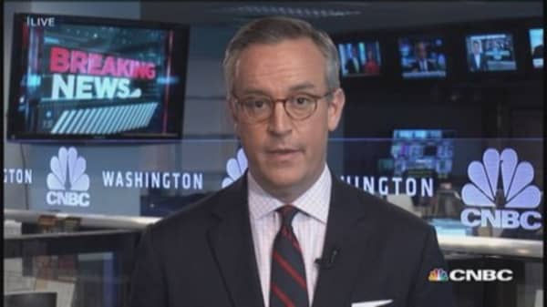 Govt. cuts 2015 Obamacare sign-up forecast