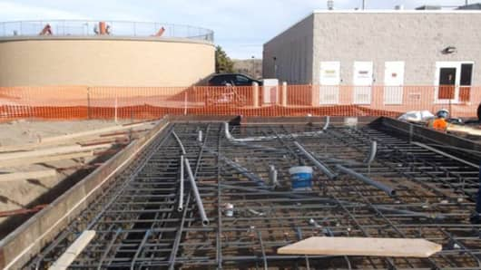 Microsoft's biogas and fuel cell Data Plant system under construction in Cheyenne, Wyo.