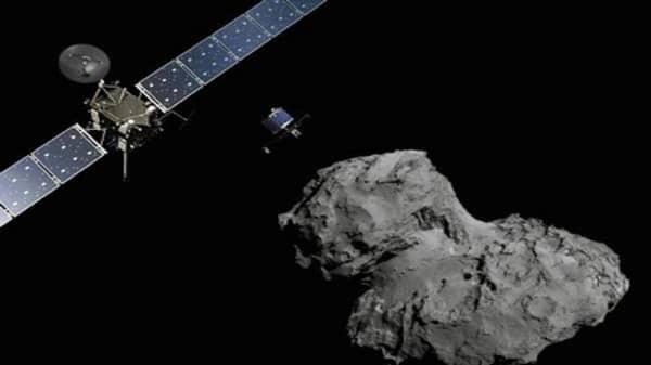 Philae probe lands on comet