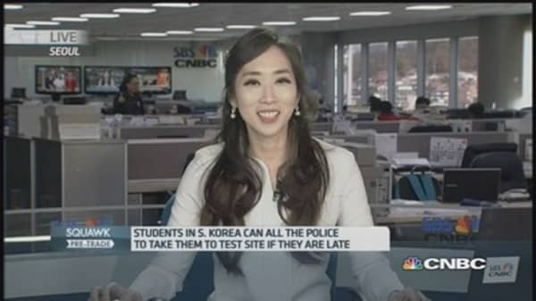 South Korea falls silent for entrance exam