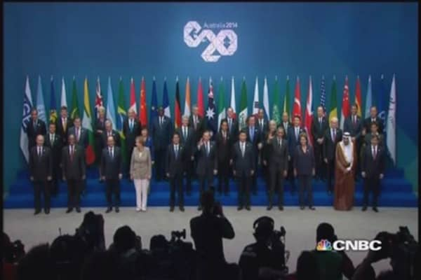G20 leaders pledge economic growth, job creation