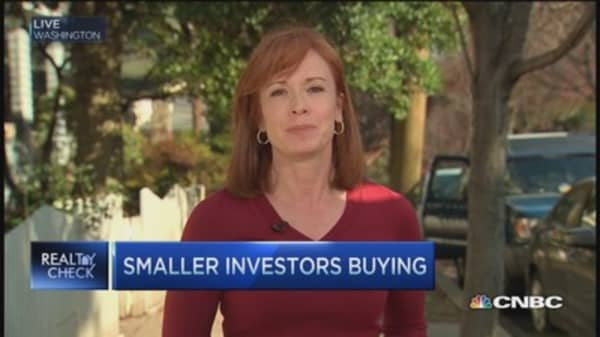 Smaller investors buying out big guys