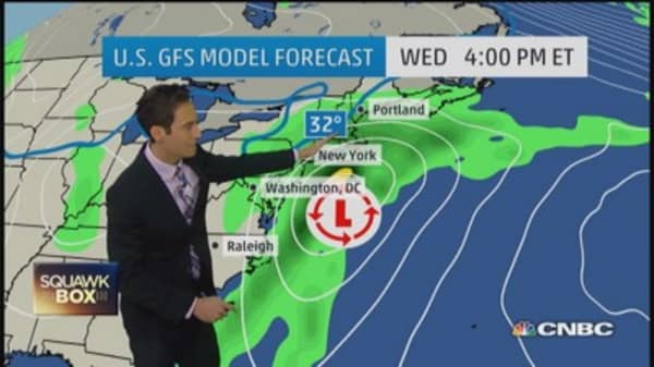 East Coast storm threatens Thanksgiving travel