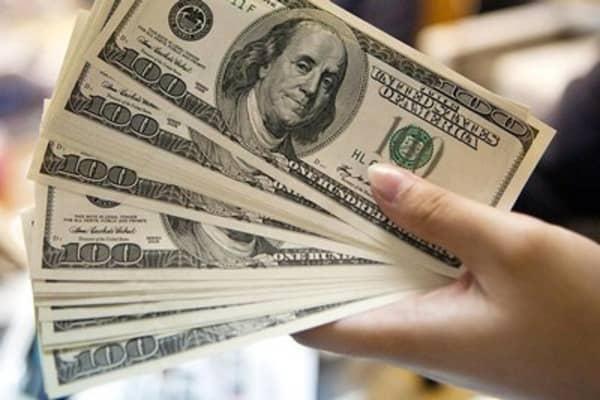 Strong dollar, low energy key to US economy: Pro