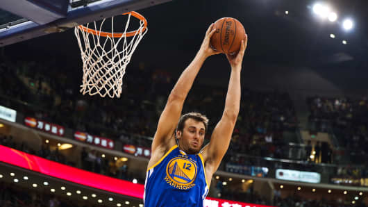 Andrew Bogut #12 of the Golden State Warriors.