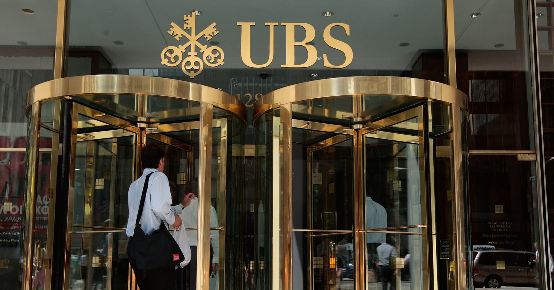 Ubs Morgan Stanley Private Bank Assets Swell Past 2