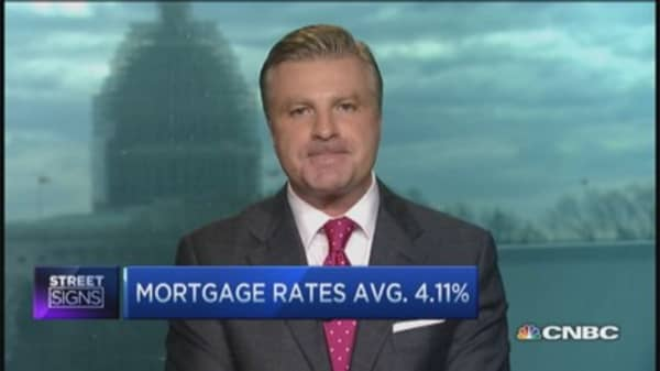 Mortgage rates to go lower: Pro