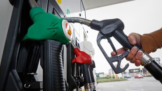 Gas pump gasoline prices Europe Belgium