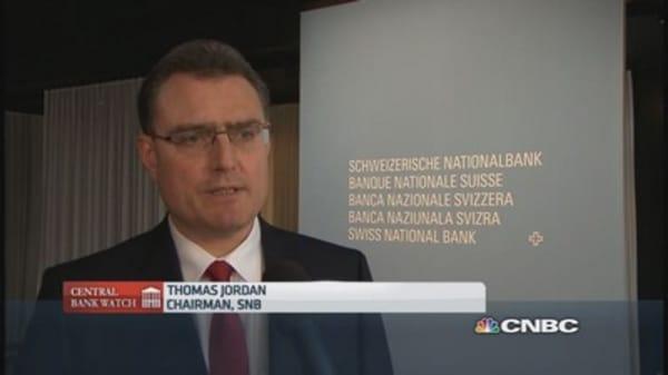 Swiss banks stick to their guns