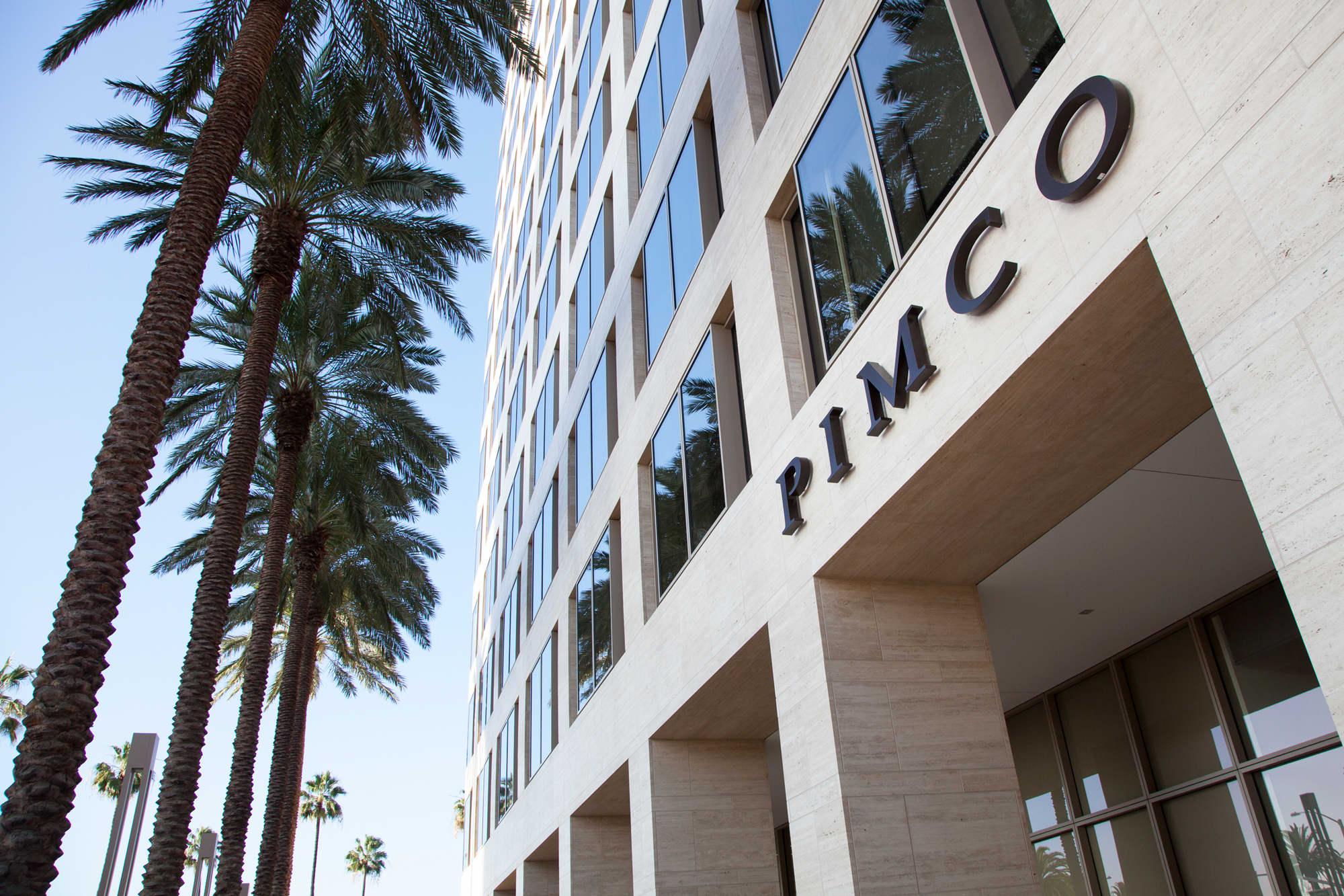 Pimco total return fund loses worlds biggest bond fund title biocorpaavc