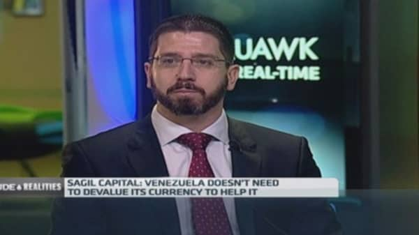 Venezuela facing $29B revenue hole from oil price: Pro
