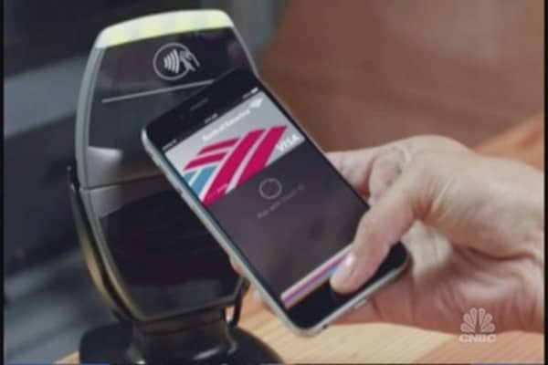 Apple Pay gobbling up more clients: Here¿s why