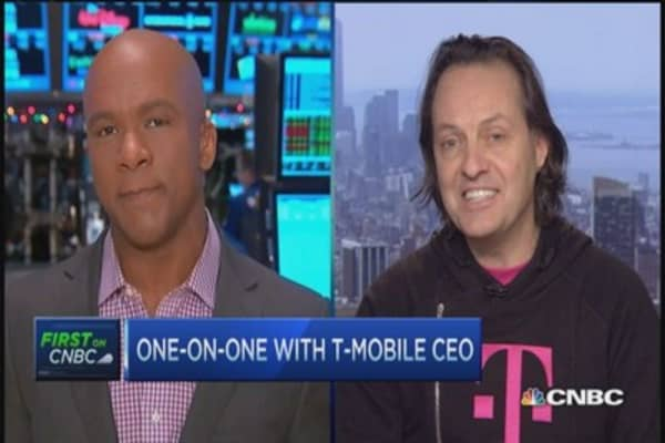 T-Mobile announces rollover data