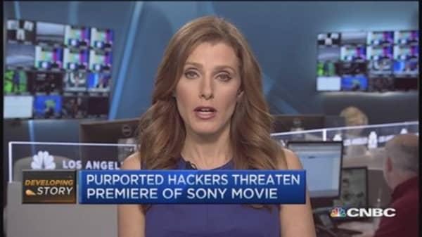 Sony hackers threaten theaters