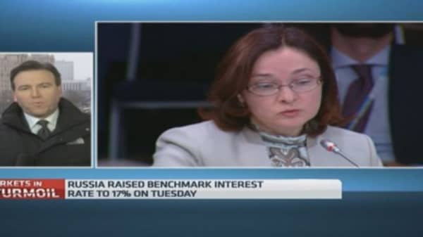 Capital controls next step in ruble downfall?