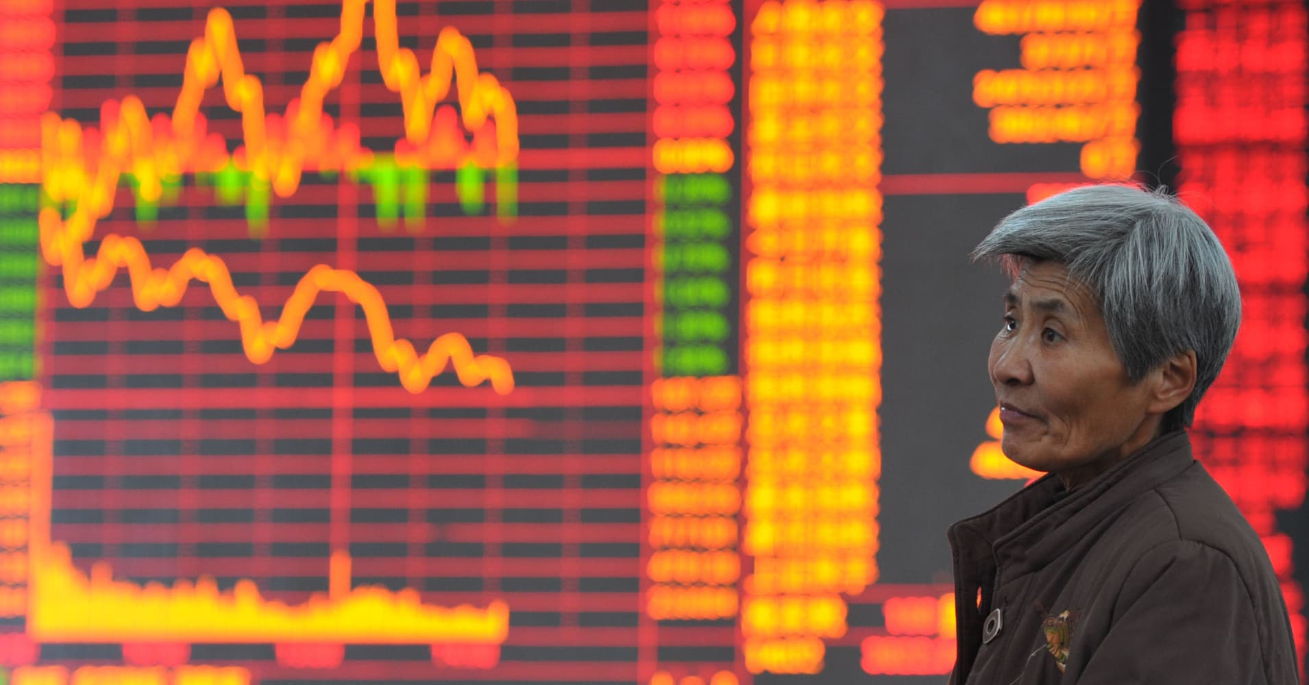 China stocks tumble 3% on tighter lending rules; blue-chip index sees worst drop in 1½ years