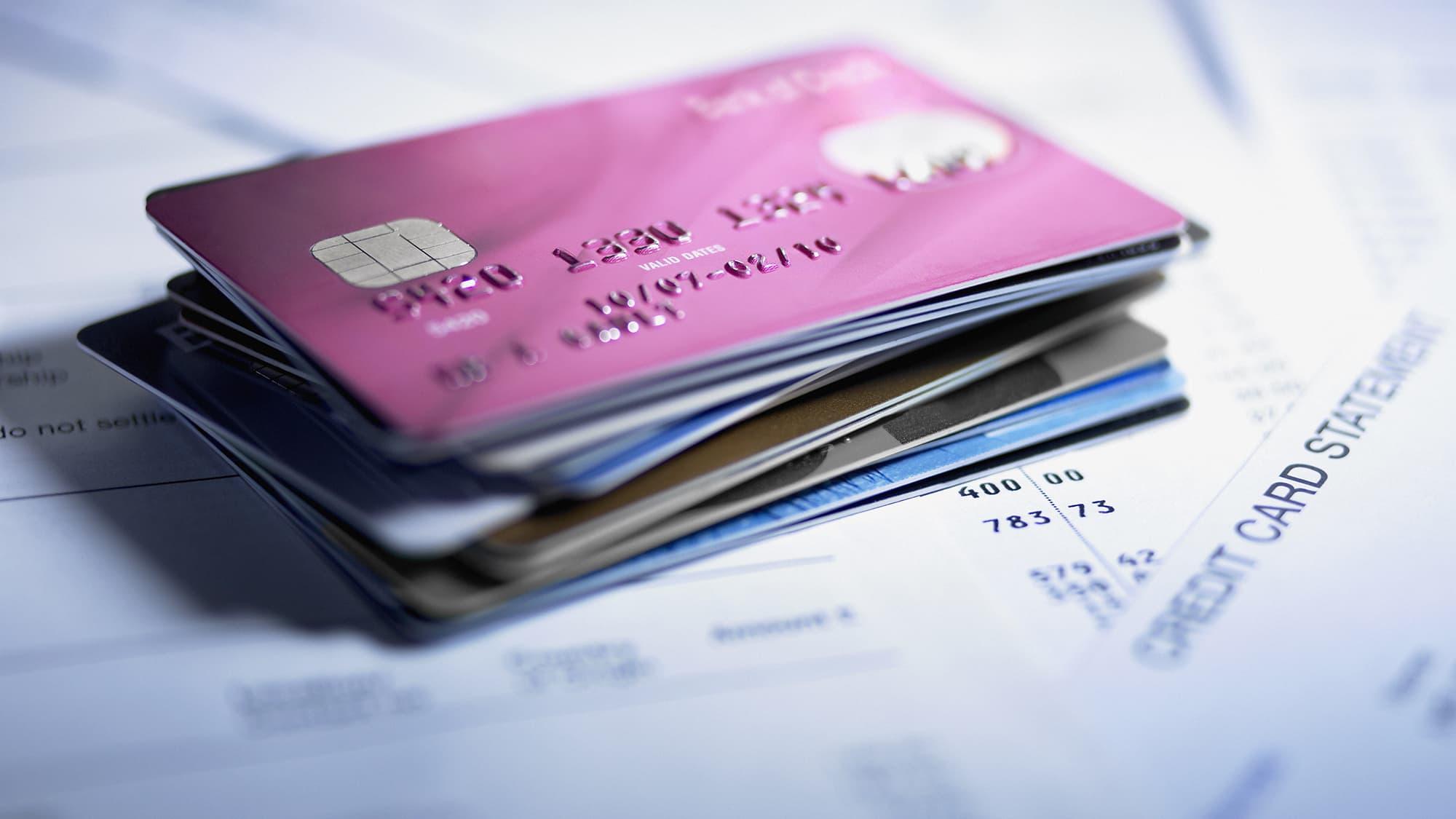 102285142-credit-cards-statement.jpg (2000×1125)