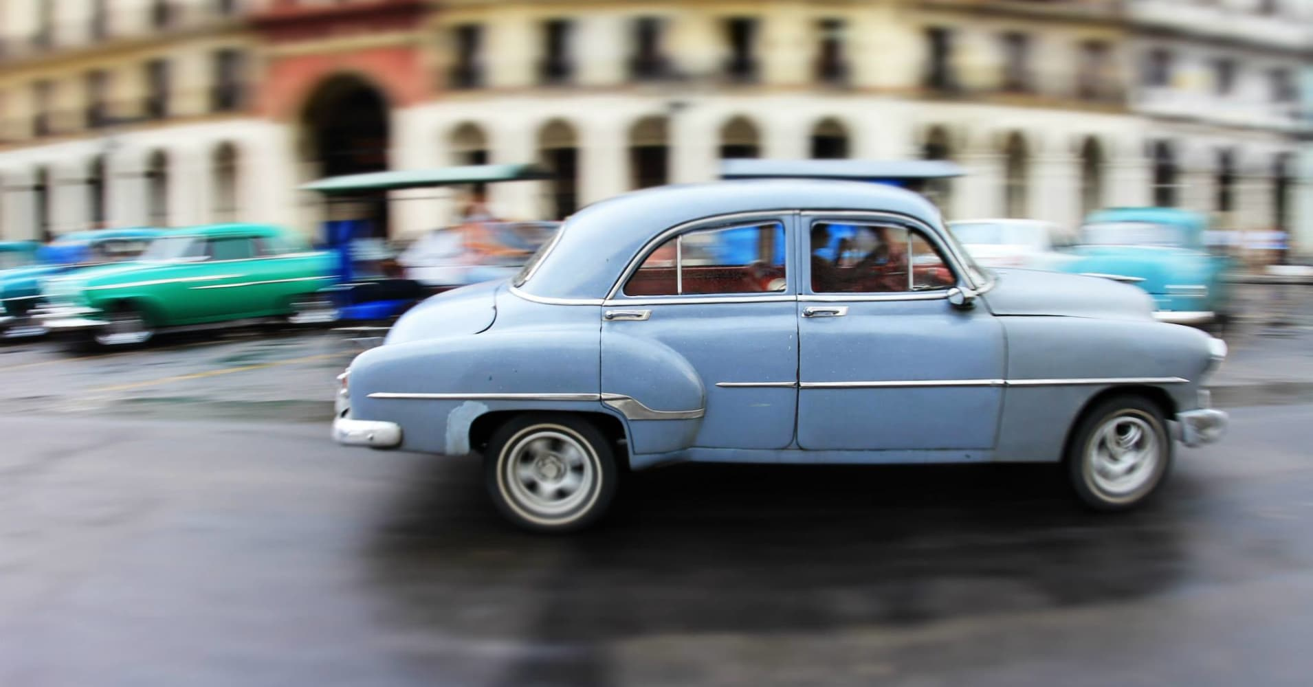 Antique Cuban cars: Why auto collectors are holding off