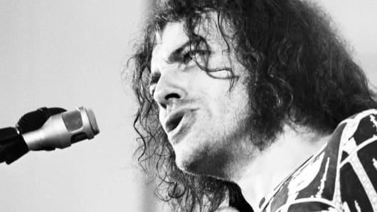 Joe Cocker performing in 1972