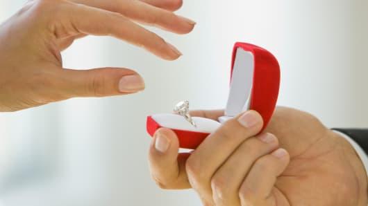 Wedding proposal engagement ring