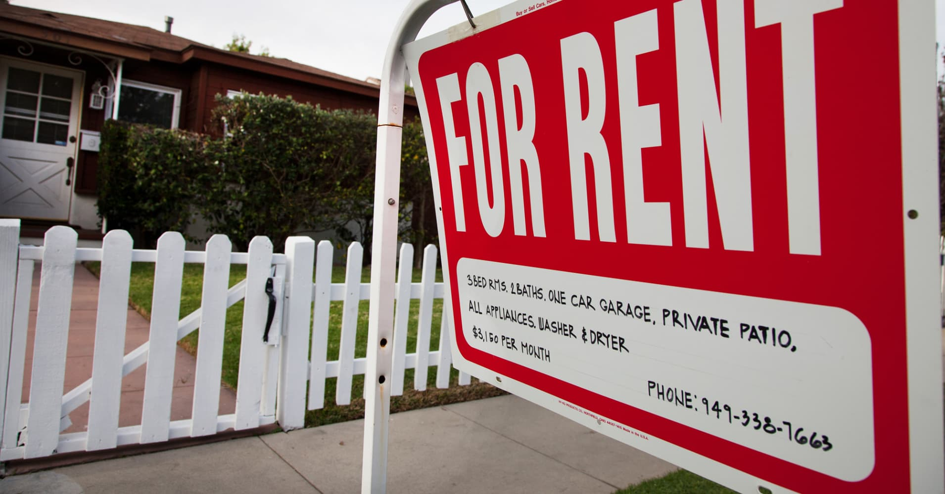 Home prices make smallest gains in nearly 4 years, but rents are hot