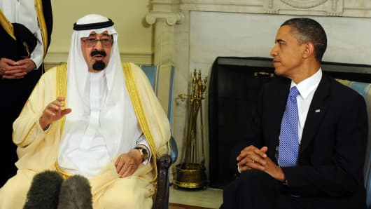 Saudi Arabian King Abdullah (L) with President Obama
