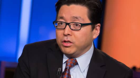 Tomlee  >> Tom Lee Sees Bitcoin Jumping To 6 000 Next Year