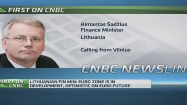 Lithuania Fin Min 'optimistic' about euro's future