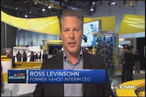 Levinsohn: Twitter should buy Yahoo